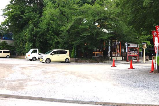 境内駐車場